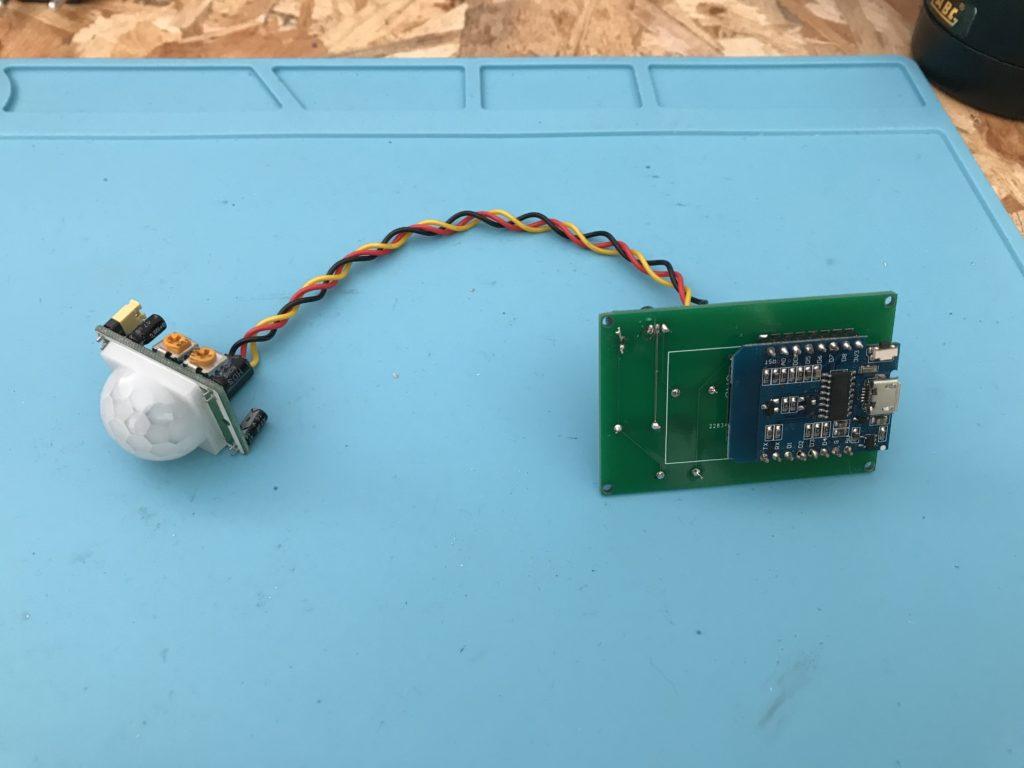 Montage du détecteur de mouvement